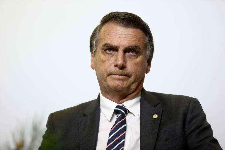 O candidato à Presidência Jair Bolsonaro (PSL) durante sabatina no jornal Correio Braziliense