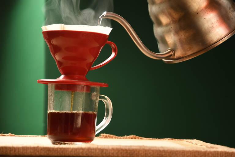 Mar de Café abre na Aclimação