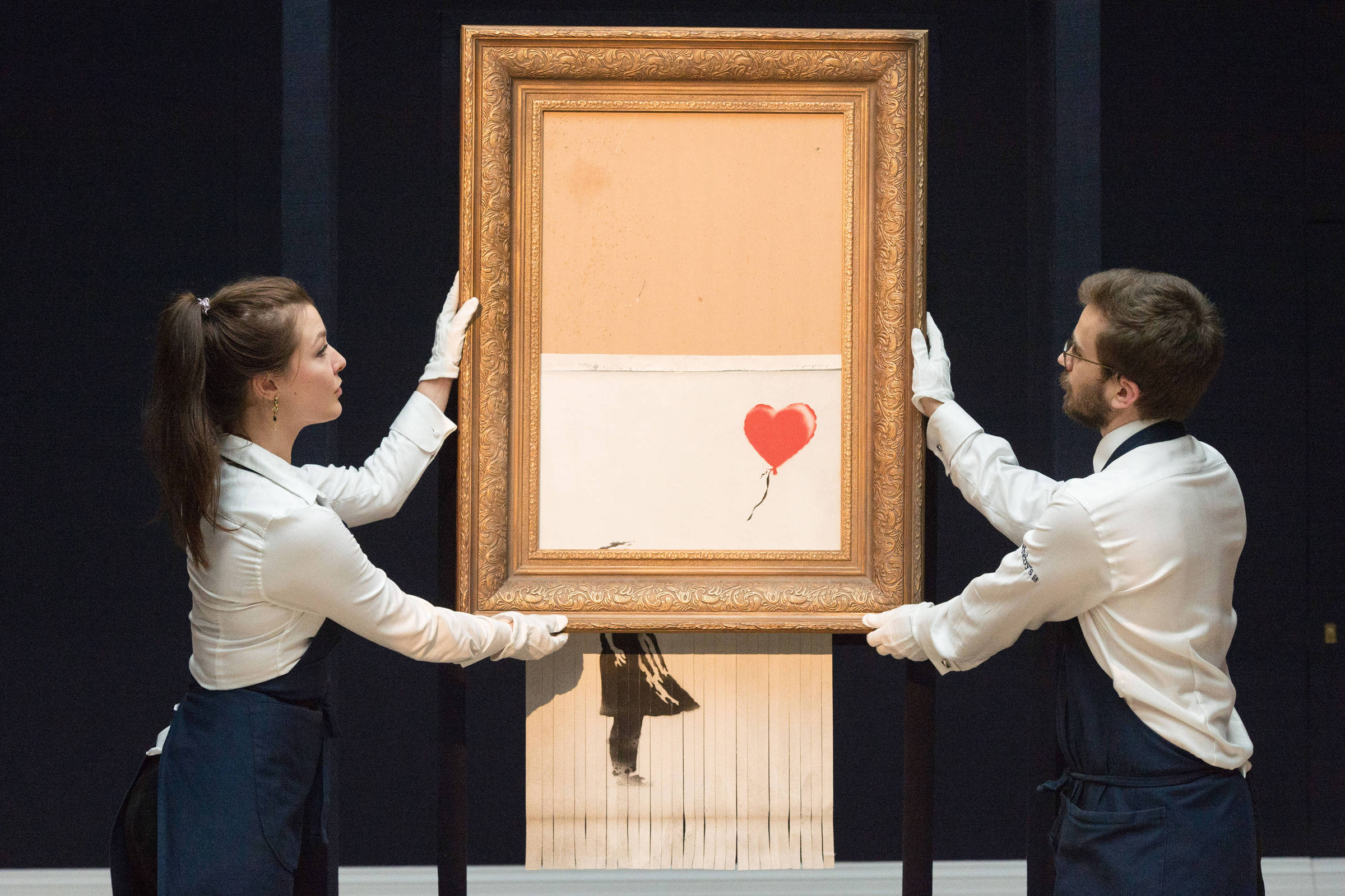 Banksy Planejava Picotar O Quadro Menina Com Balão Todo Mas Só