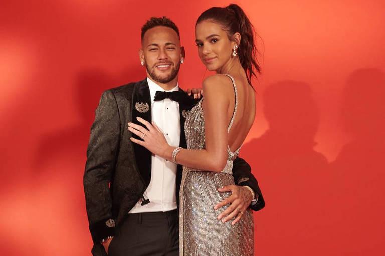 O casal Bruna Marquezine e Neymar Jr.