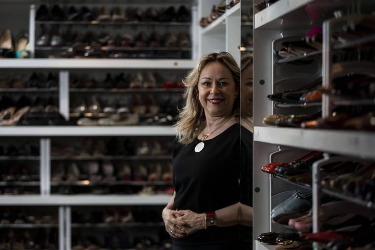171943be0 A empresária Laura Graicar no showroom da loja Madame Recicla, zona oeste  de SP