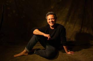 Retrato do ator Danton Mello
