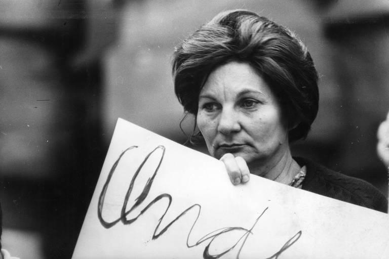 Mães de estudantes protestam contra a prisão dos filhos