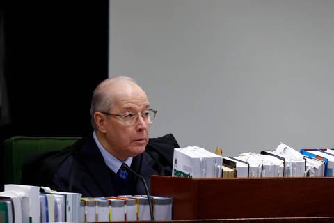 Fala de Eduardo Bolsonaro é golpista, diz Celso de Mello, decano do STF