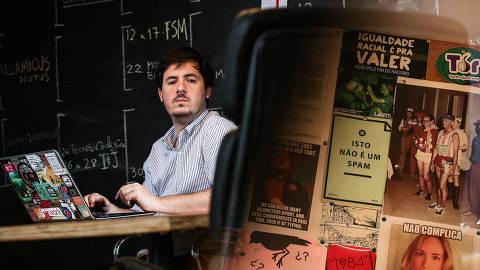 SAO PAULO/ SP, BRASIL, 19-10-2018:Retrato de Francisco Brito Cruz, diretor do InternetLab, um centro de direito e tecnologia que está monitorando fake news e atividades das campanhas nas redes.   (Foto: Zanone Fraissat/Folhapress, PODER)***EXCLUSIVO****