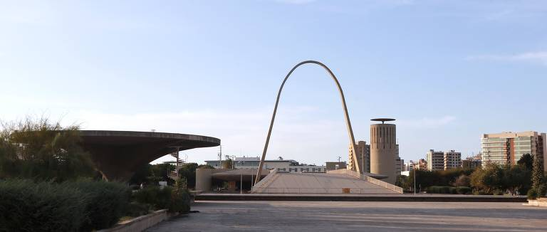 Oscar Niemeyer no Líbano