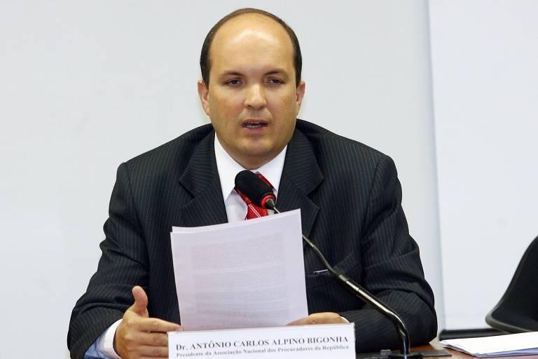 Procurador Antonio Carlos Alpino Bigonha