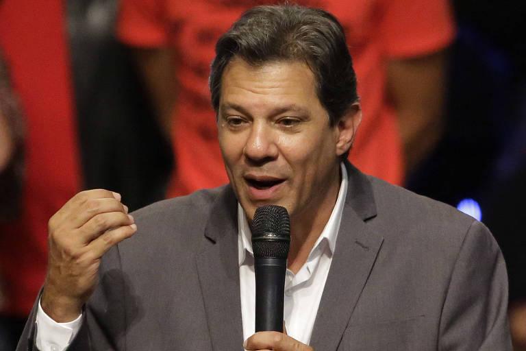 O candidato do PT à Presidência, Fernando Haddad, durante evento no Tuca, em São Paulo