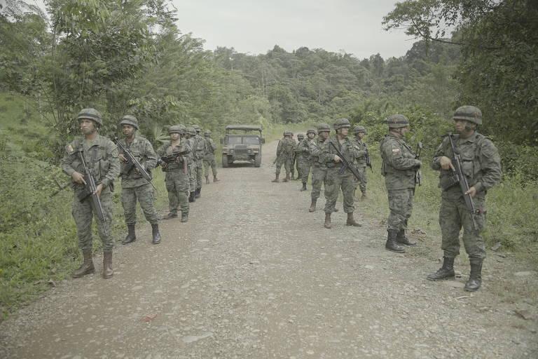 Equatorianos mortos na fronteira com Colômbia