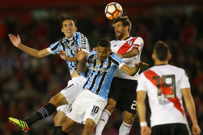 Vitória na Argentina deu vantagem à equipe brasileira na semifinal da Libertadores