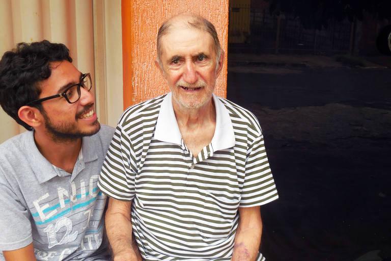 Conheça a história de pessoas que largaram tudo para cuidar de um parente com Alzheimer
