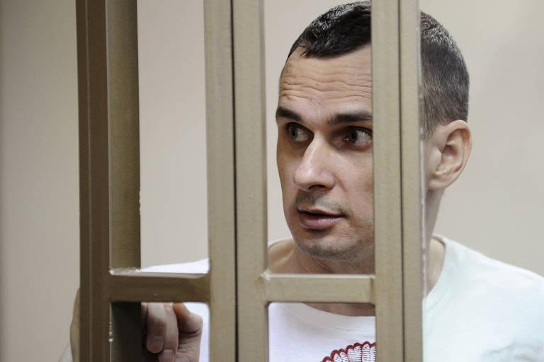 O cineasta ucraniano Oleg Sentsov em foto de 2015, na prisão