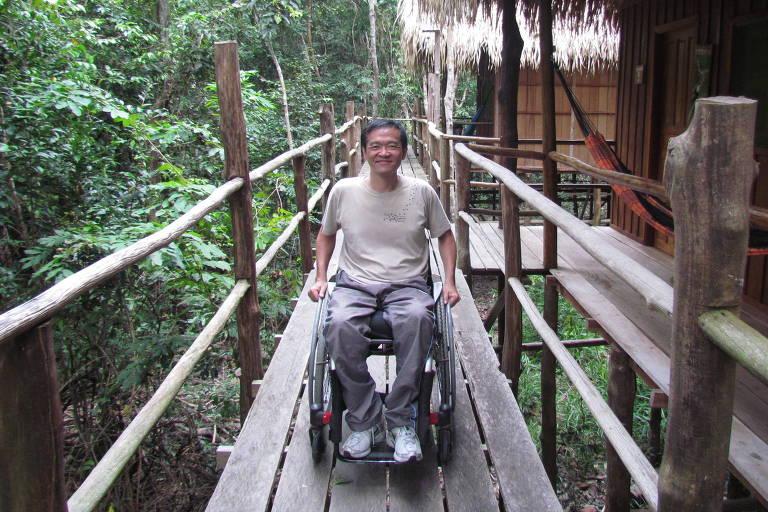 Retrato do paulista Ricardo Shimosakai, 50, diretor da consultoria Turismo Adaptado
