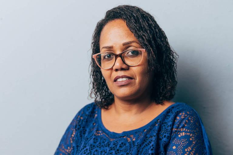 A auxiliar administrativa Ana Silmara Azevedo, que durante anos tomou analgésicos por conta própria