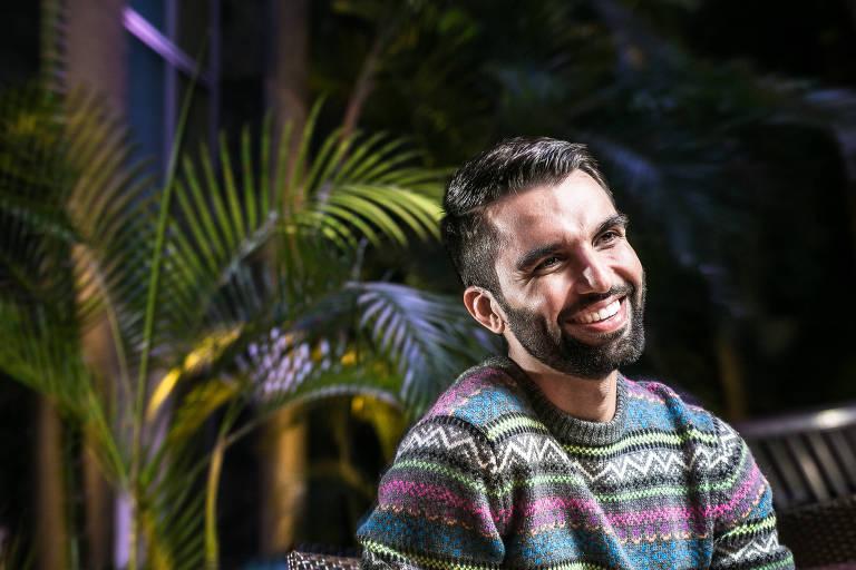 O cantor Silva faz show no Sesc