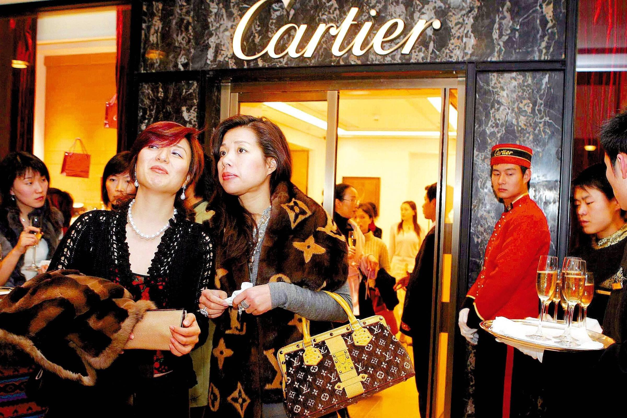 dccab646aea Grupo que controla Cartier e Montblanc fecha acordo com dona do Aliexpress  - 26 10 2018 - Mercado - Folha