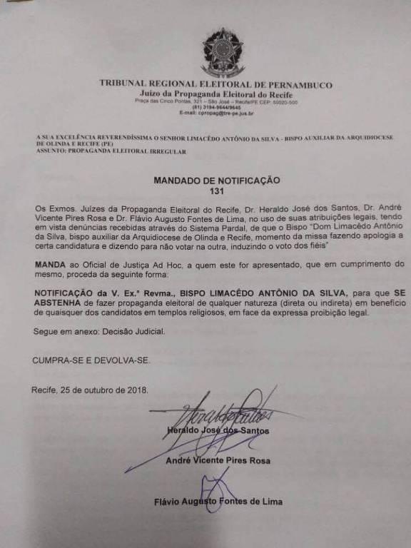 Mandado de notificação em que juízes notificam religiosos para não fazer propaganda política durante missas em PE