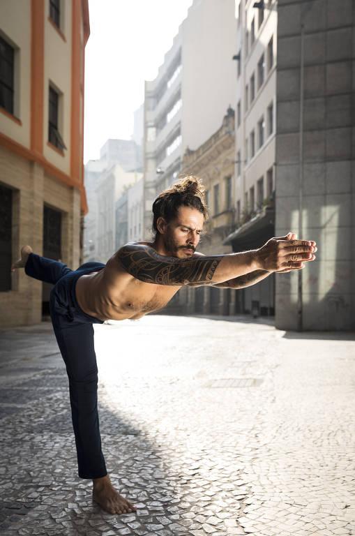 Qual é a sua ioga  Conheça os diferentes tipos e onde praticar a ... cfdb3aec0466