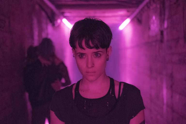 Cena do filme 'A Garota na Teia de Aranha', baseado nos livros da série 'Millennium'