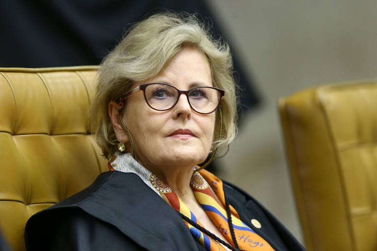 A ministra Rosa Weber durante sessão plenária do STF, em Brasília