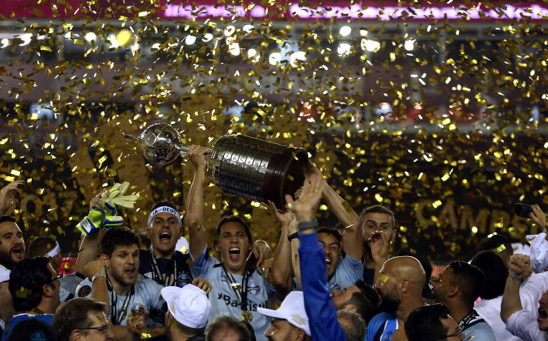 Duelos históricos entre brasileiros e argentinos na Libertadores