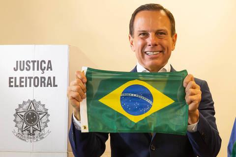SAO PAULO, SP, BRASIL, 28.10.18 9h O canditado a governo do estado de Sao Paulo, Joao Doria, vota na manha deste domingo. (Foto: Marcus Leoni/Folhapress PODER)