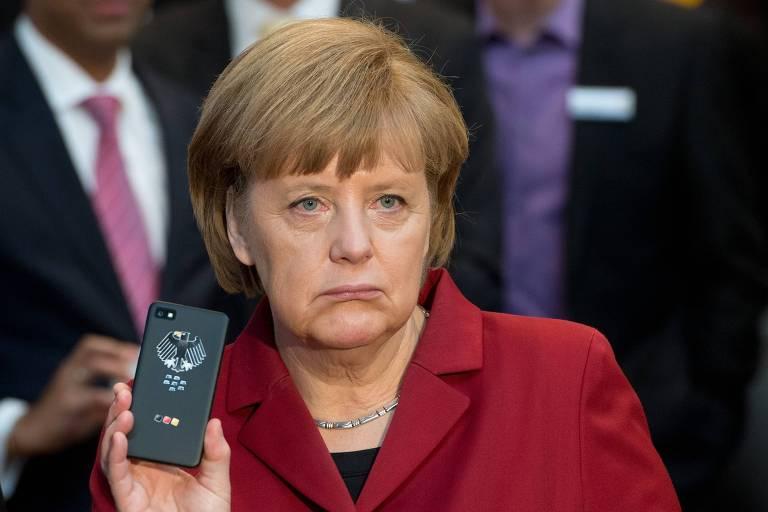 Merkel quer 'discussão clara' com Bolsonaro sobre desmatamento
