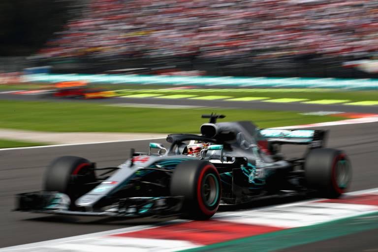 Hamilton sagrou-se campeão no México e igualou o argentino Juan Manuel Fangio