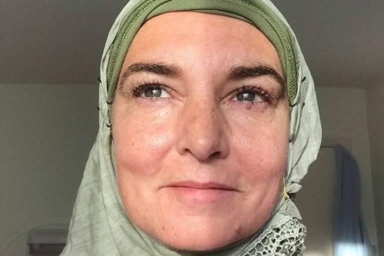 A cantora afirma que 'tem orgulho de ser muçulmana'