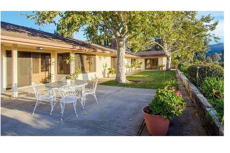 Casa de Mac Miller tem 293 metros quadrados de área e vista panorâmica de Los Angeles