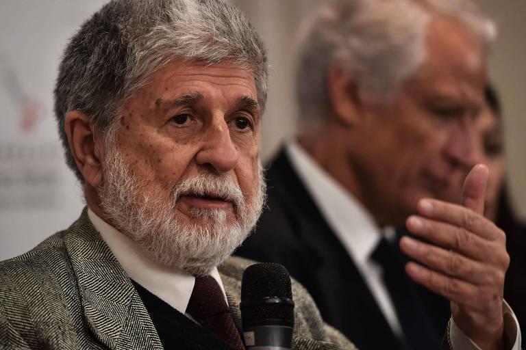Ex-ministro Paulo Amorim participa de conferência sobre ameaça à democracia