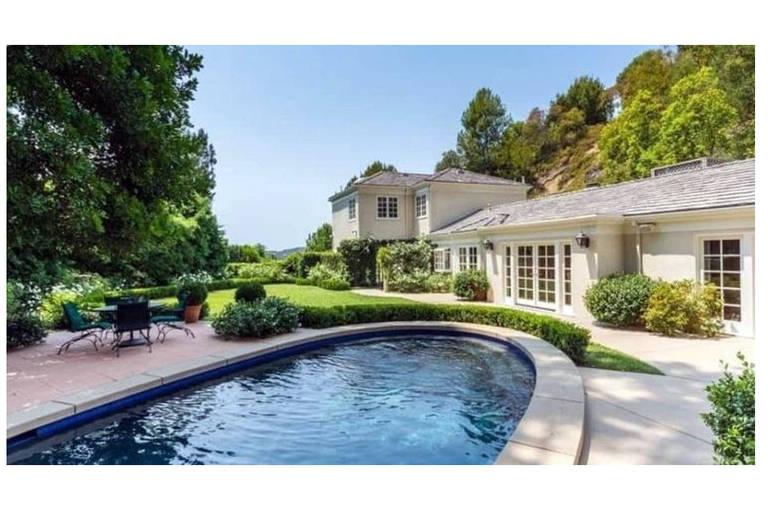 Casa que Katy Perry comprou para as suas visitas