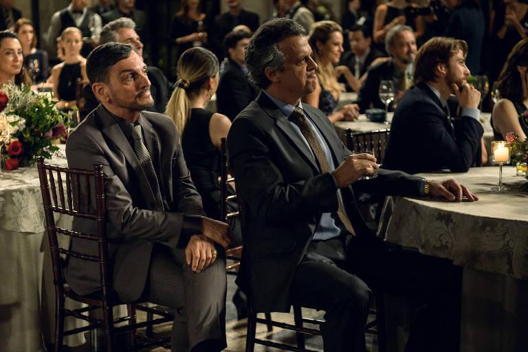 """Artur Castelo é o personagem de Paulo Miklos em """"Assédio"""""""