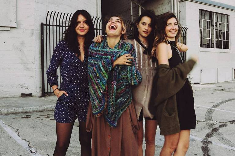 O grupo Warpaint é a principal atração do evento dedicado à música alternativa
