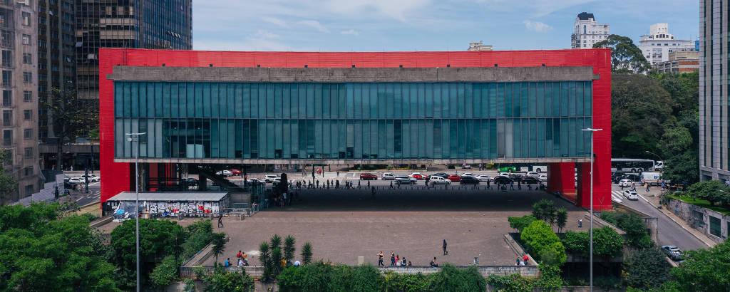 Masp a partir da av. Nove de Julho; prédio de Lina Bo Bardi completa 50 anos na quarta (7)