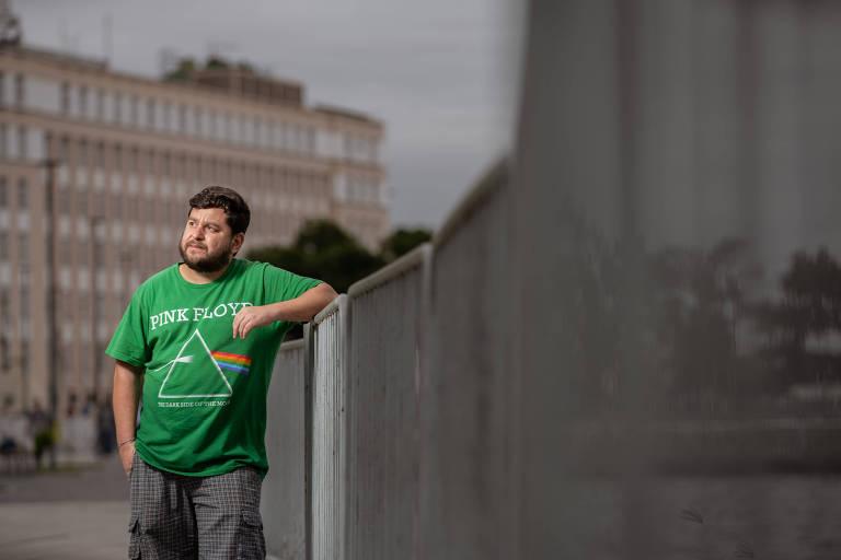 O professor de sociologia Gustavo de Souza, que pensa em deixar o país