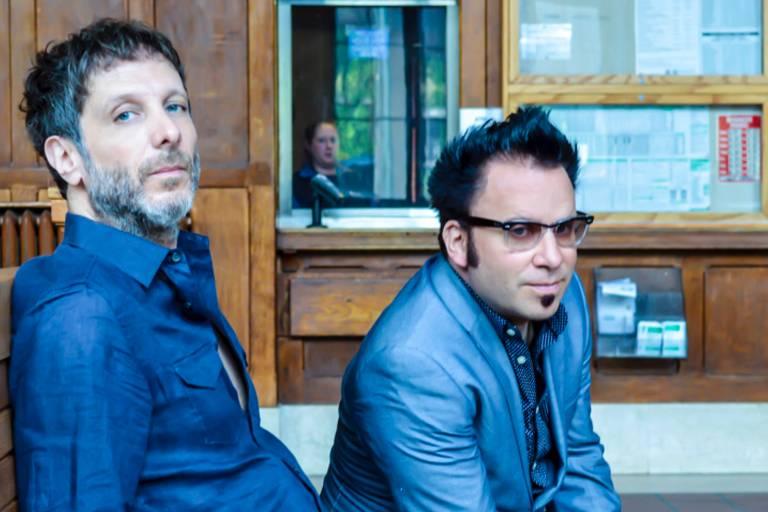 Os integrantes da banda Mercury Rev, que se apresenta no festival Balaclava, neste domingo (4)