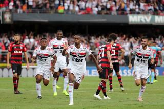 Brasileiro Championship - Sao Paulo v Flamengo 94d866ba40c66