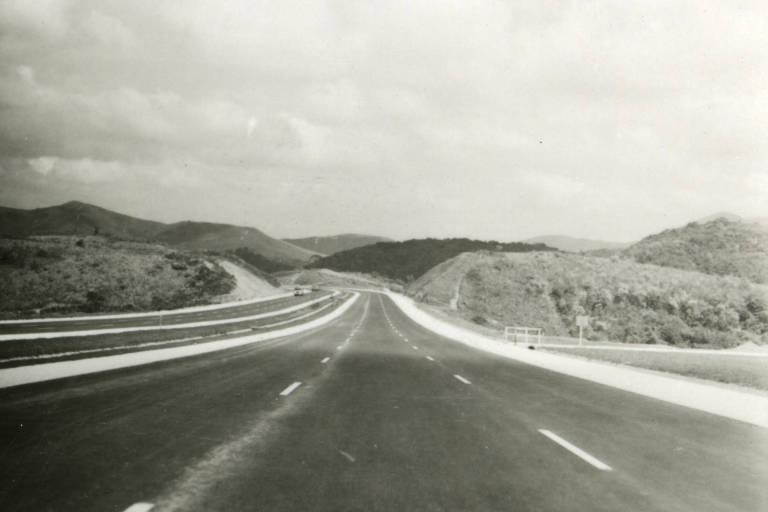 Rodovia Castello Branco, em novembro de 1968