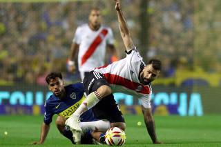 3d6f6c449c Final da Libertadores mexe com poder e imagem da Argentina - 24 11 ...