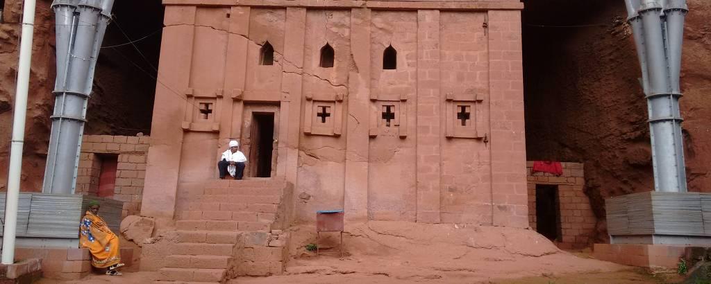 Igreja de Bet Abba Lybanos, ou casa de pai Libânio, escavada em rocha