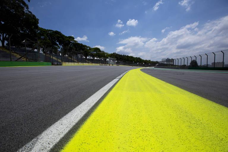 Preparativos para o GP Brasil de Fórmula 1, no Autódromo José Carlos Pace - Interlagos, na zona sul de São Paulo