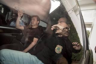 Joesley Batista, um dos donos da JBS, é preso pela PF na casa dele, em SP