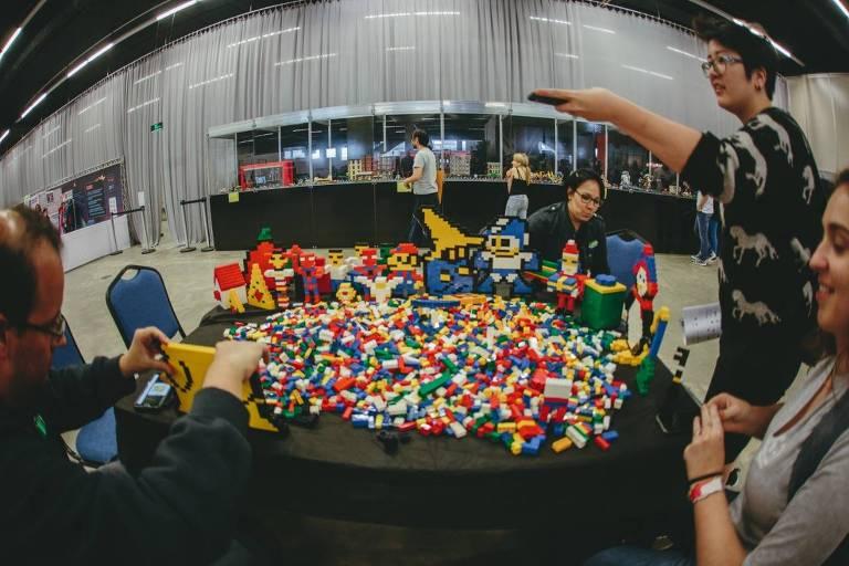 Exposição de lego tem mais de 500 m²