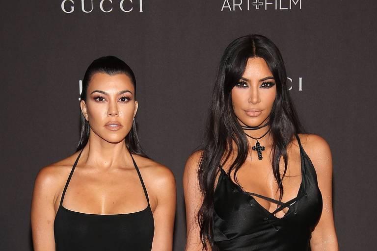 Kourtney Kardashian e Kim Kardashian
