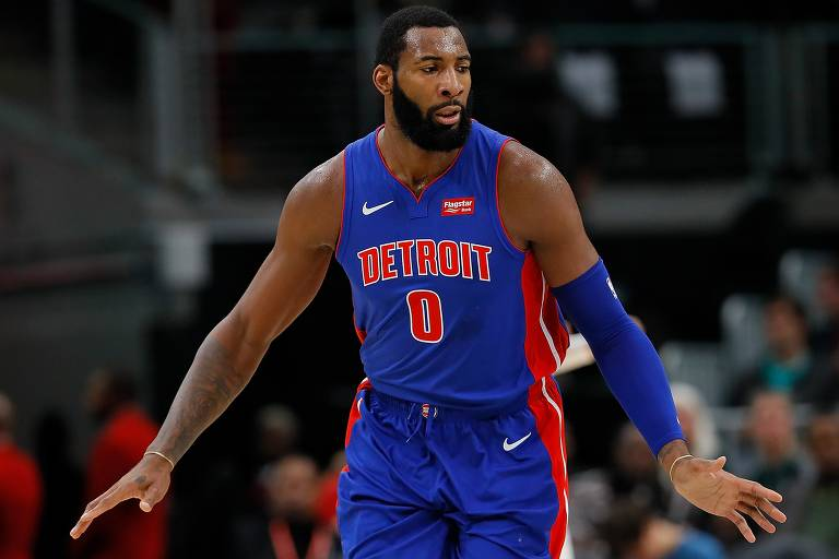 Andre Drummond, do Detroit Pistons, liderou rebotes em três das últimas quatro temporadas da NBA: 2018/2019, 2017/2018 e 2015/2016.