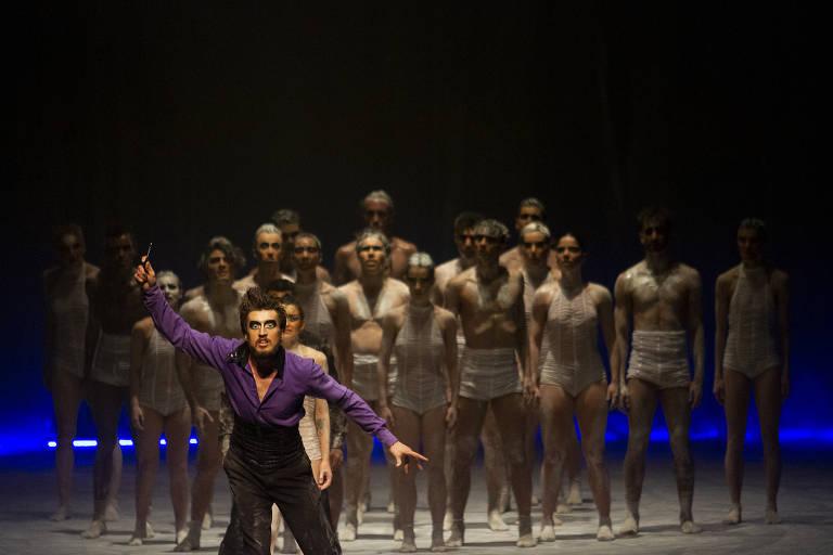 'O Lago dos Cisnes', do Balé Teatro Guaíra
