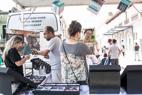 BR - Pocos de Caldas - MG - 03.11.2018 - FIIS Festival de Inovacao e Impacto Social - Acao da Renovatio - Mutirao de exames Oftalmologicos. Foto: Keiny Andrade/Folhapress