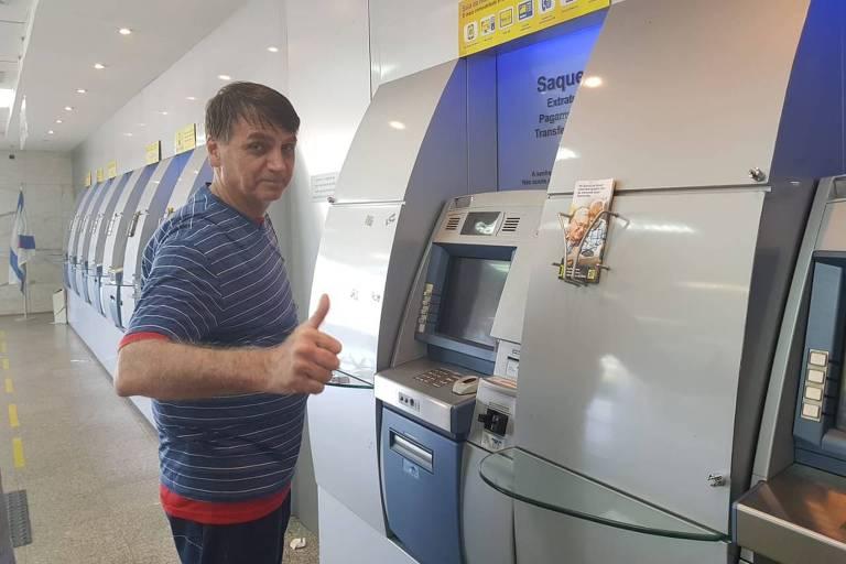 Bolsonaro vai a banco no Rio no domingo 11/11
