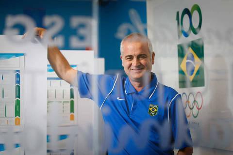 RIO DE JANEIRO/RJ BRASIL. 19/12/2016 - Tecnico espanhol Jesus Morlan, que treina o fenomeno brasileiro Isaquias Queiroz, que na Olimpiada do Rio conquistou tres medalhas.(foto: Zanone Fraissat/FOLHAPRESS, ESPORTE)***EXCLUSIVO***